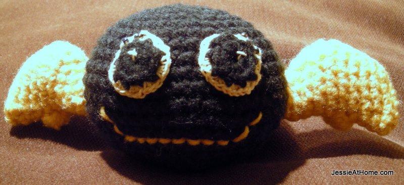 black-crochet-bat