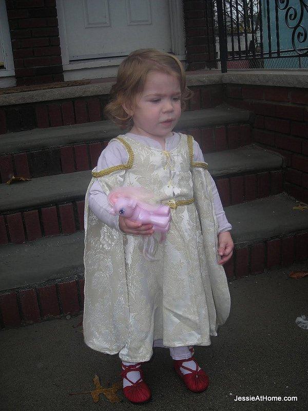 Princess-Kyla-ready-to-go