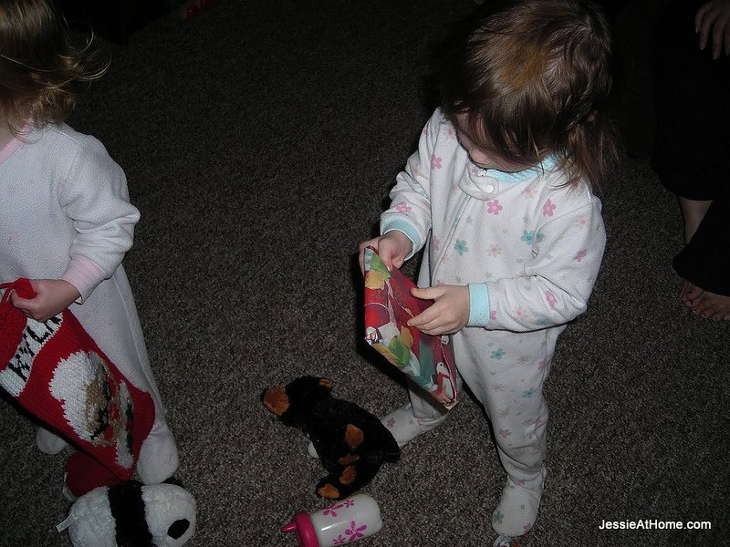 Opening-stocking-presents