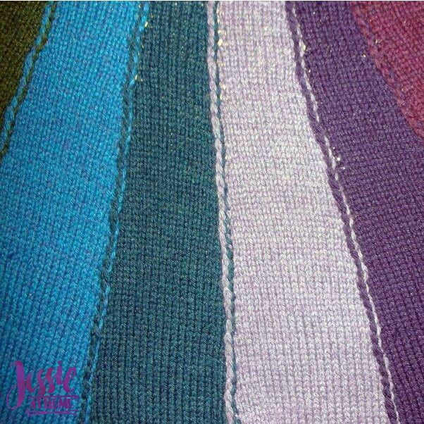 Join-as-you-go-knit-vertical-stripes-Free-Tutorial-by-Jessie-At-Home