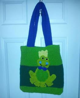 frog-prince-purse
