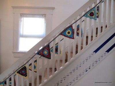 circle-to-triangle-bunting-free-crochet-pattern