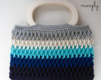 Chroma-Crochet-Bag-with-Wooden-Handles