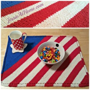 Patriotic-Placemat-Free-Knit-Pattern-by-Jessie-At-Home