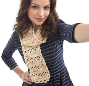Broomstick Lace Scarf Kit #CrochetKit from @beCraftsy
