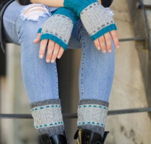 Cable and Stitch Bootliners and Mitts Kit #KnitKit from @beCraftsy