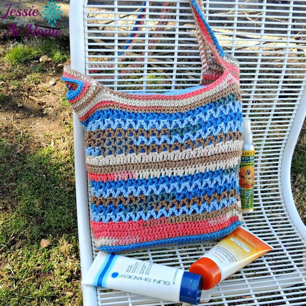 Coastal-Beach-Bag-free-crochet-pattern-Jessie-At-Home