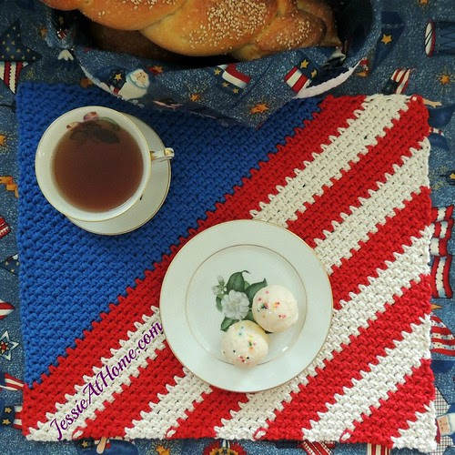Crochet Patriotic Placemat by Jessie At Home