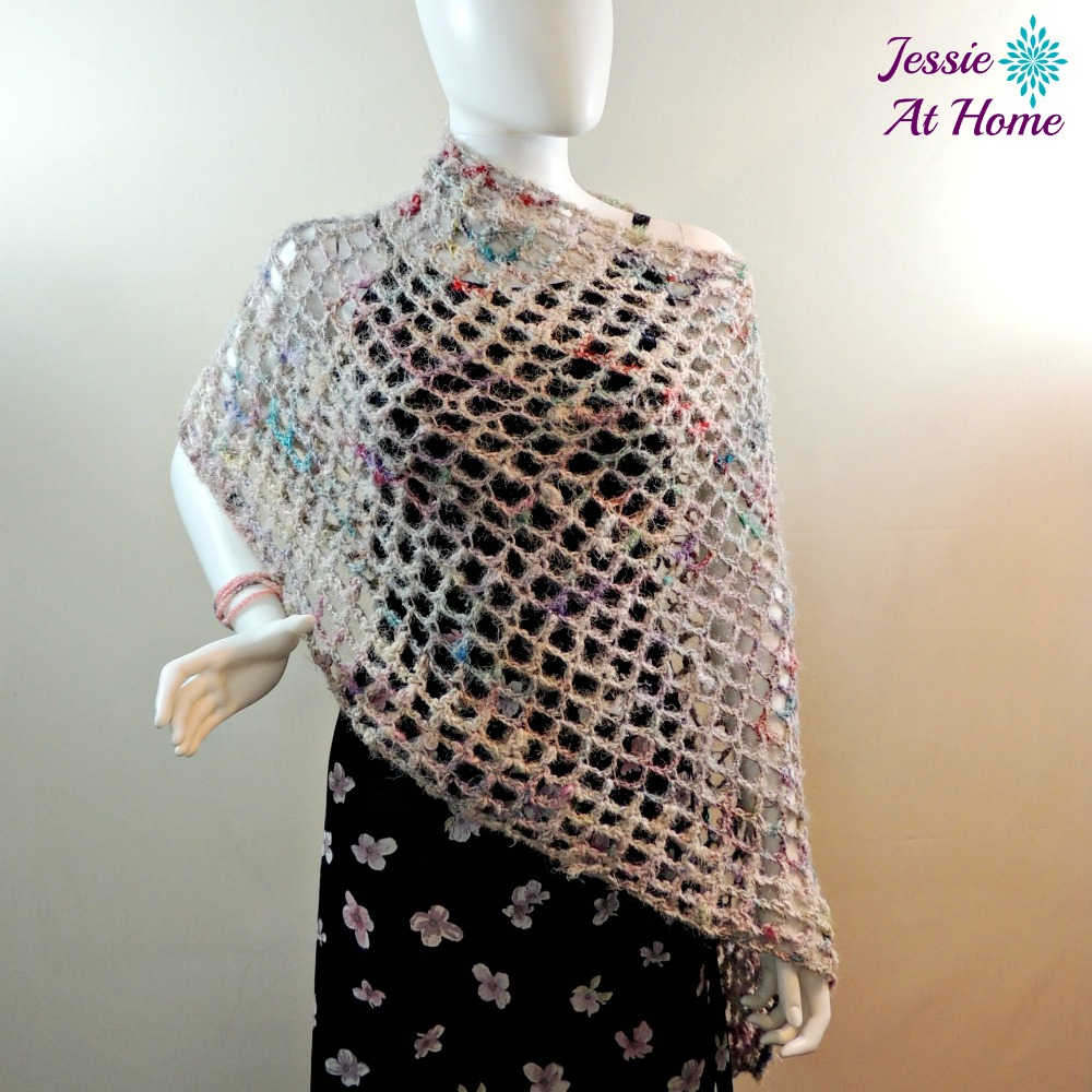 Phoebe-Poncho-free-crochet-pattern-by-Jessie-At-Home-1