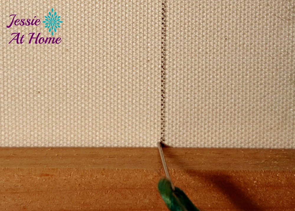 Flower Loom Canvas by Jessie At Home - free tutorial - 2