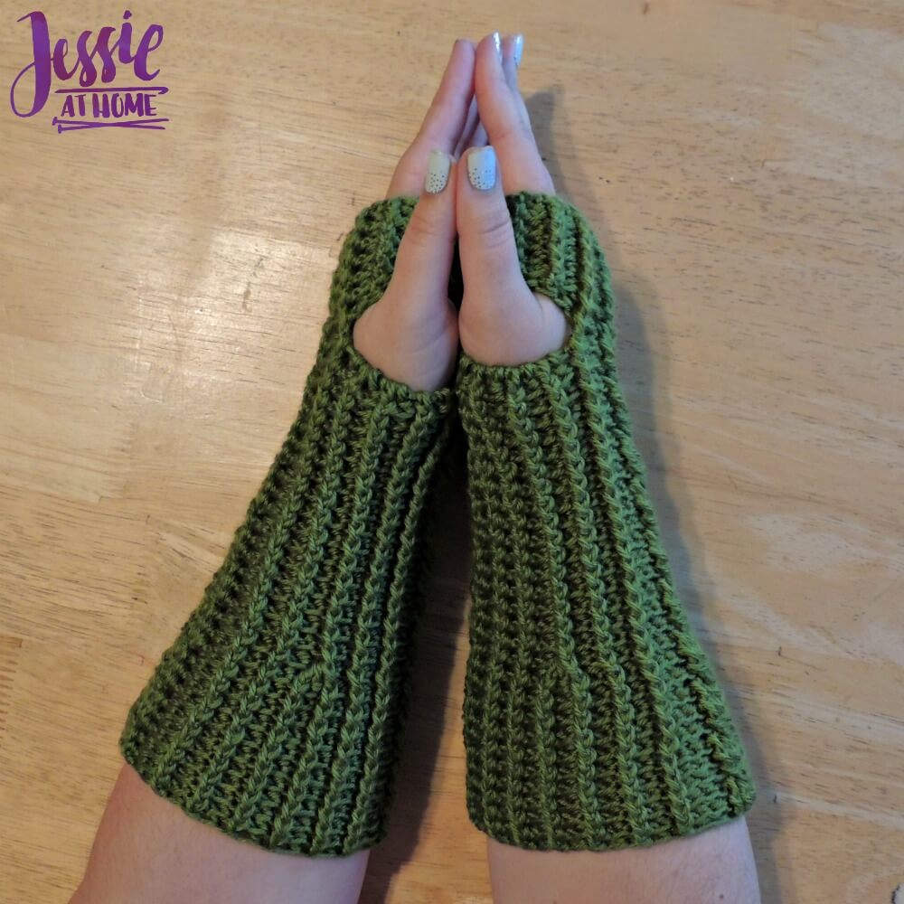 Cabled Mitts free crochet pattern by Jessie At Home - 3