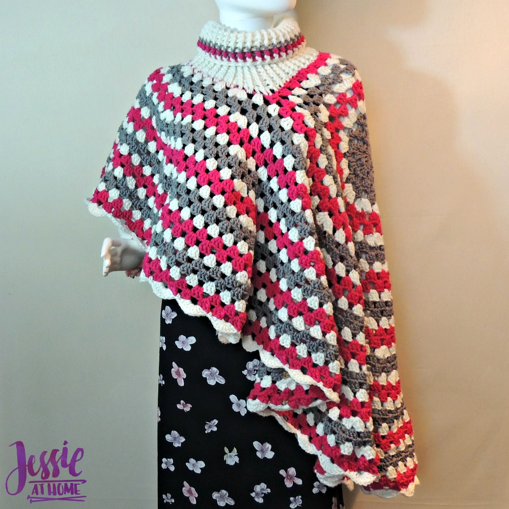Circular Poncho - free crochet pattern by Jessie At Home - 3