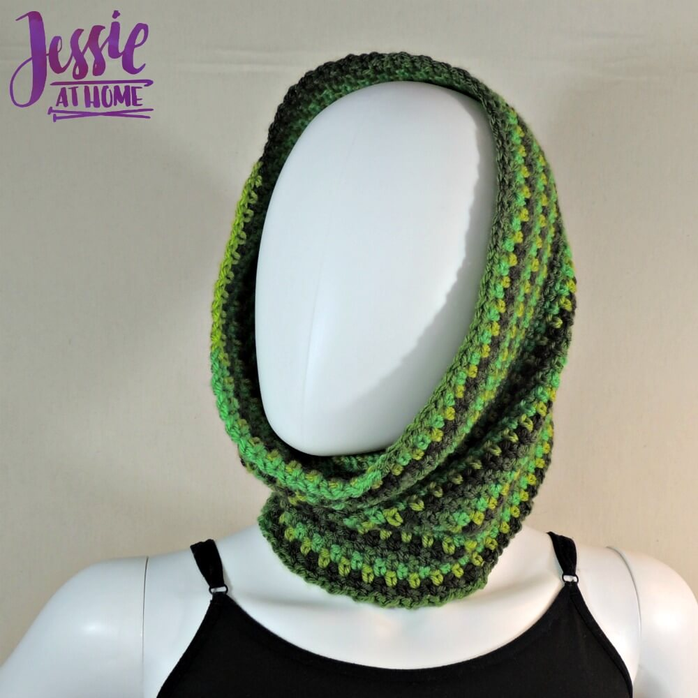Green Gradient Cowl free corhcet pattern by Jessie At Home - 2