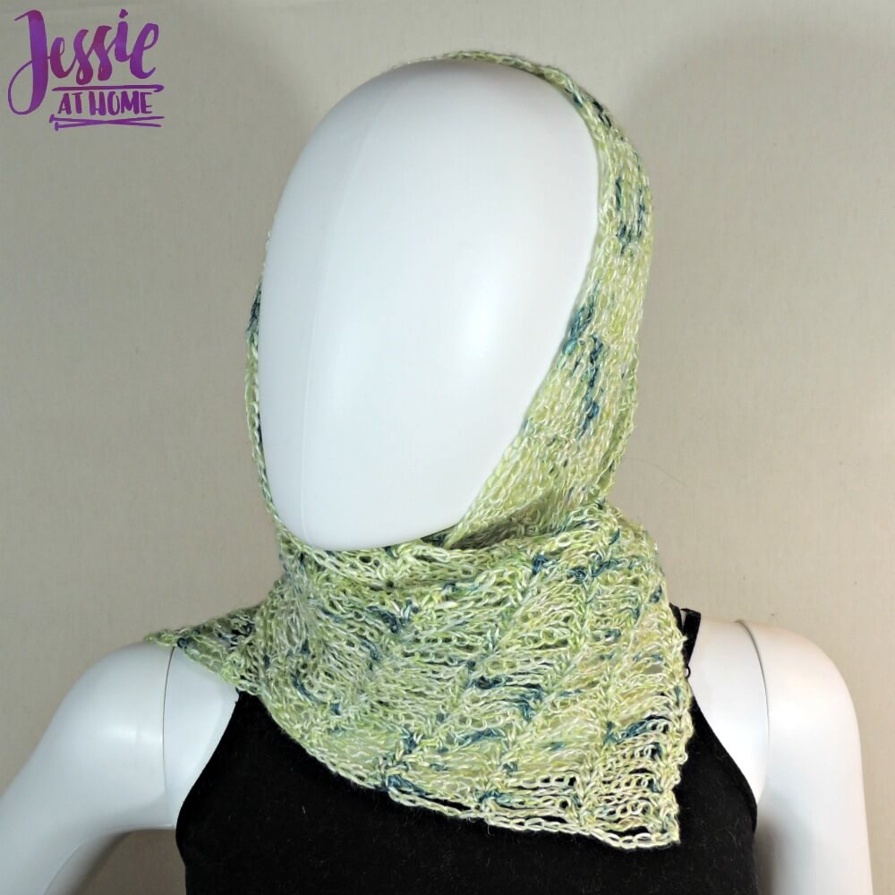 Unchained Scarf - free crochet pattern by Jessie At Home - 2