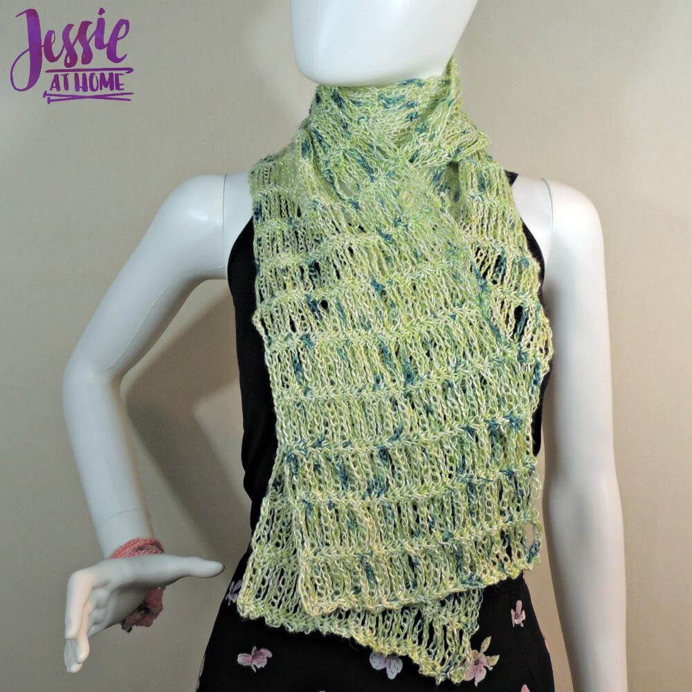 Unchained Scarf - free crochet pattern by Jessie At Home - 5