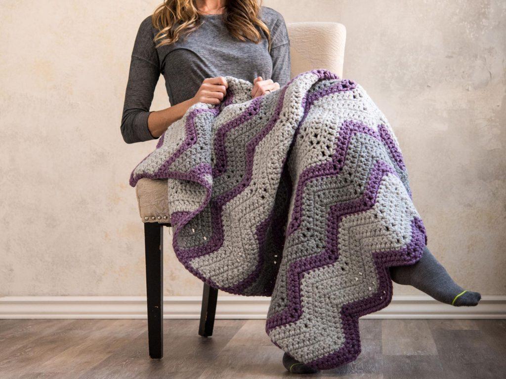 Vintage Bulky Chevron Throw Blanket Crochet Kit