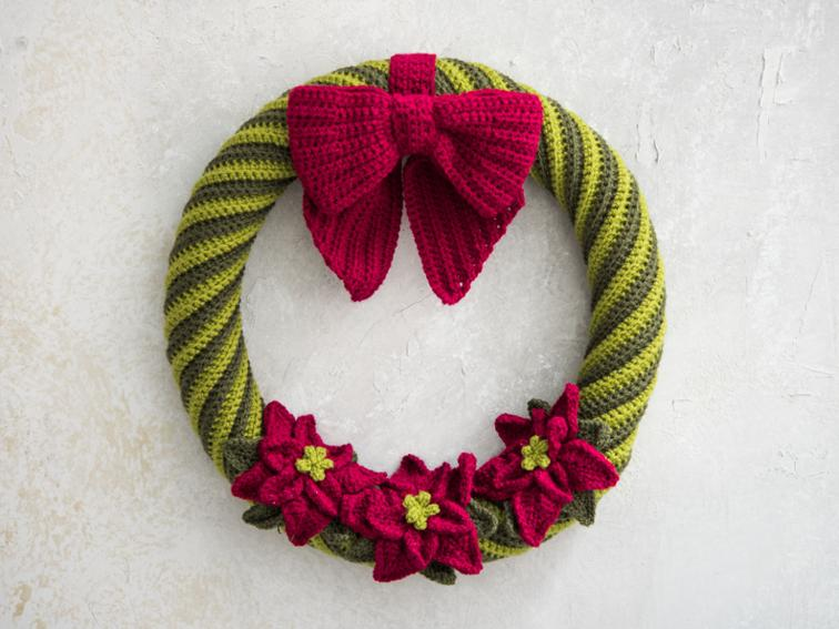 Poinsettia Wreath Craftsy Crochet Kit
