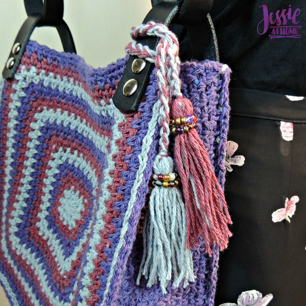 Denim Jewel Purse - free crochet pattern by Jessie At Home - 3