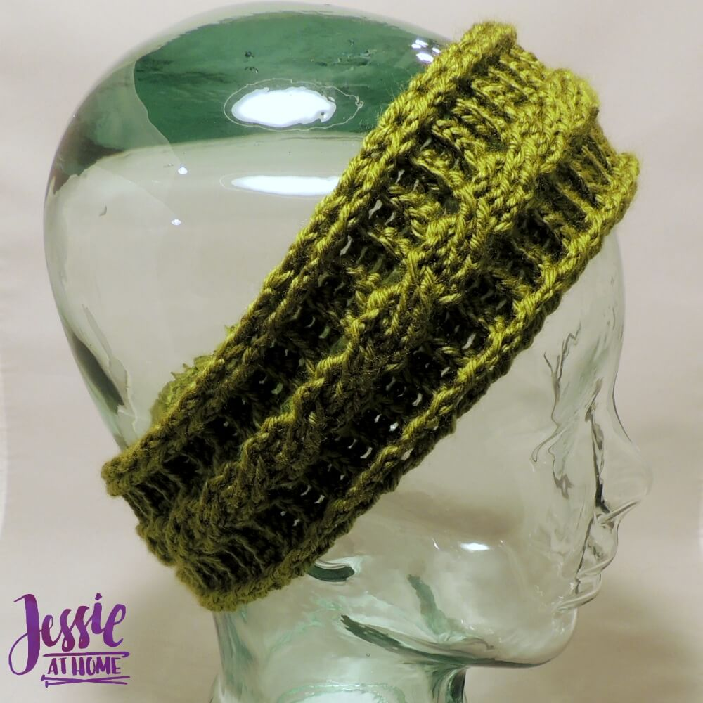 Cabled Ear Warmer by Jessie @ Jessie at Home