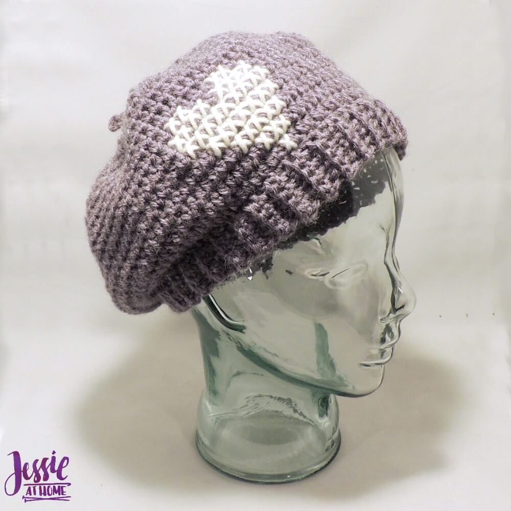Happy Yarn Mail - Parisienne beret - side
