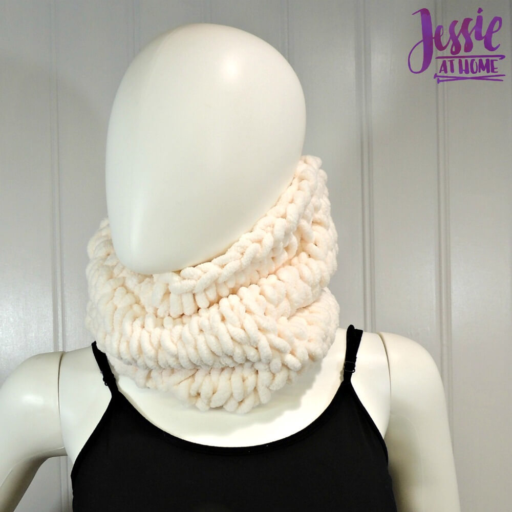 Half Hour Cowl free pattern by Jessie At Home - 1