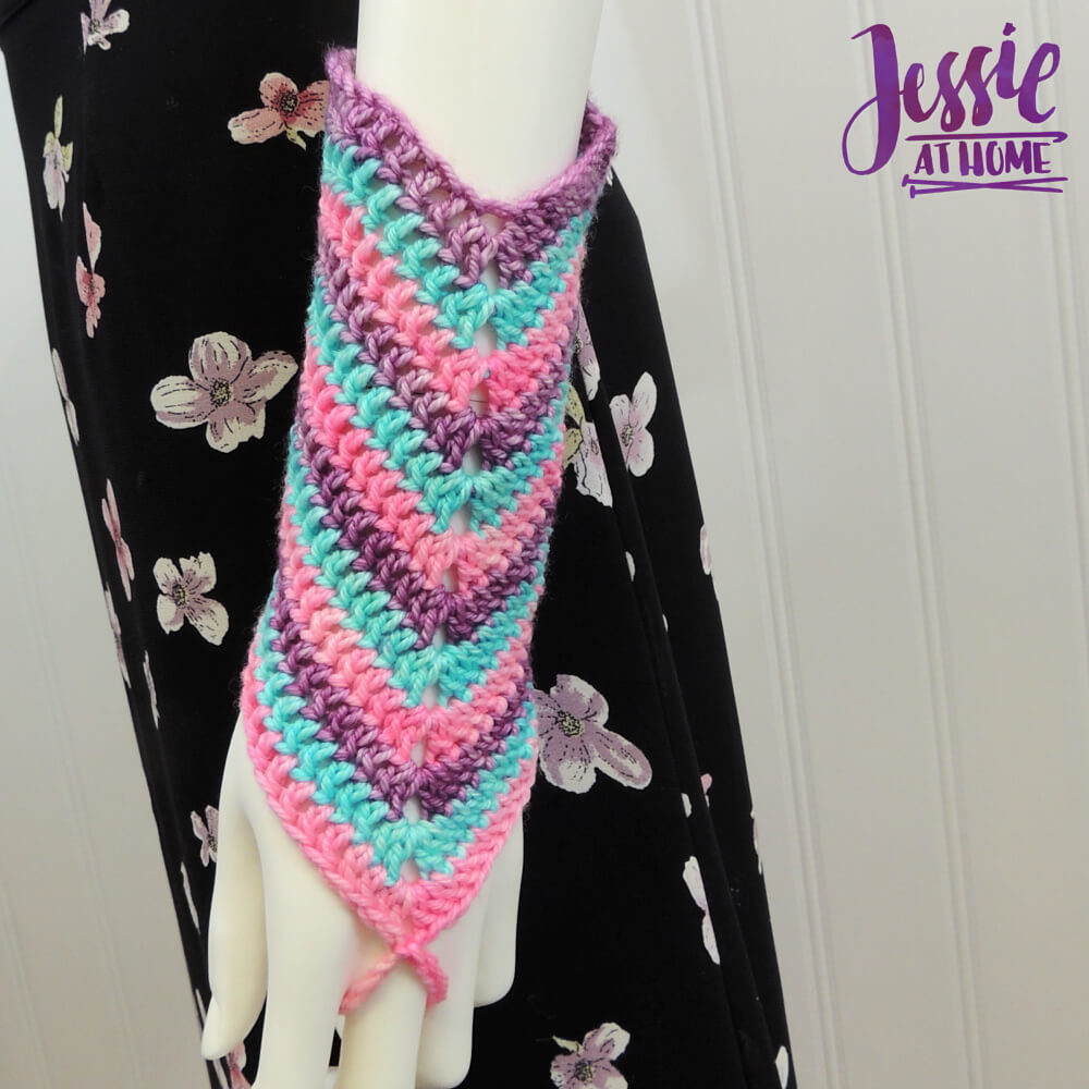 Wave Your Hands Mitts free crochet pattern by Jessie At Home - 1