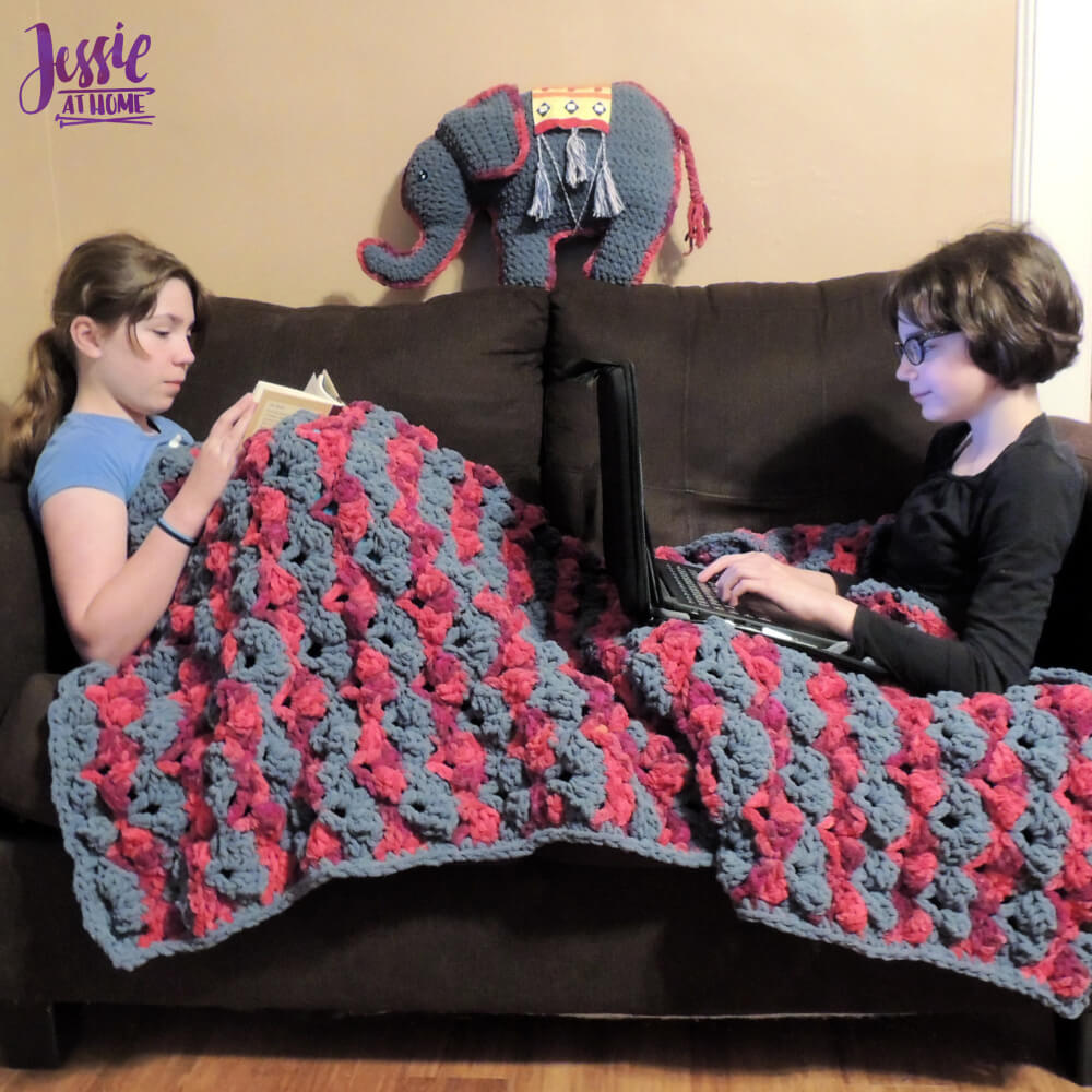 Sofa Sweet Sofa - a cozy crochet sofa throw by Jessie At Home - 1