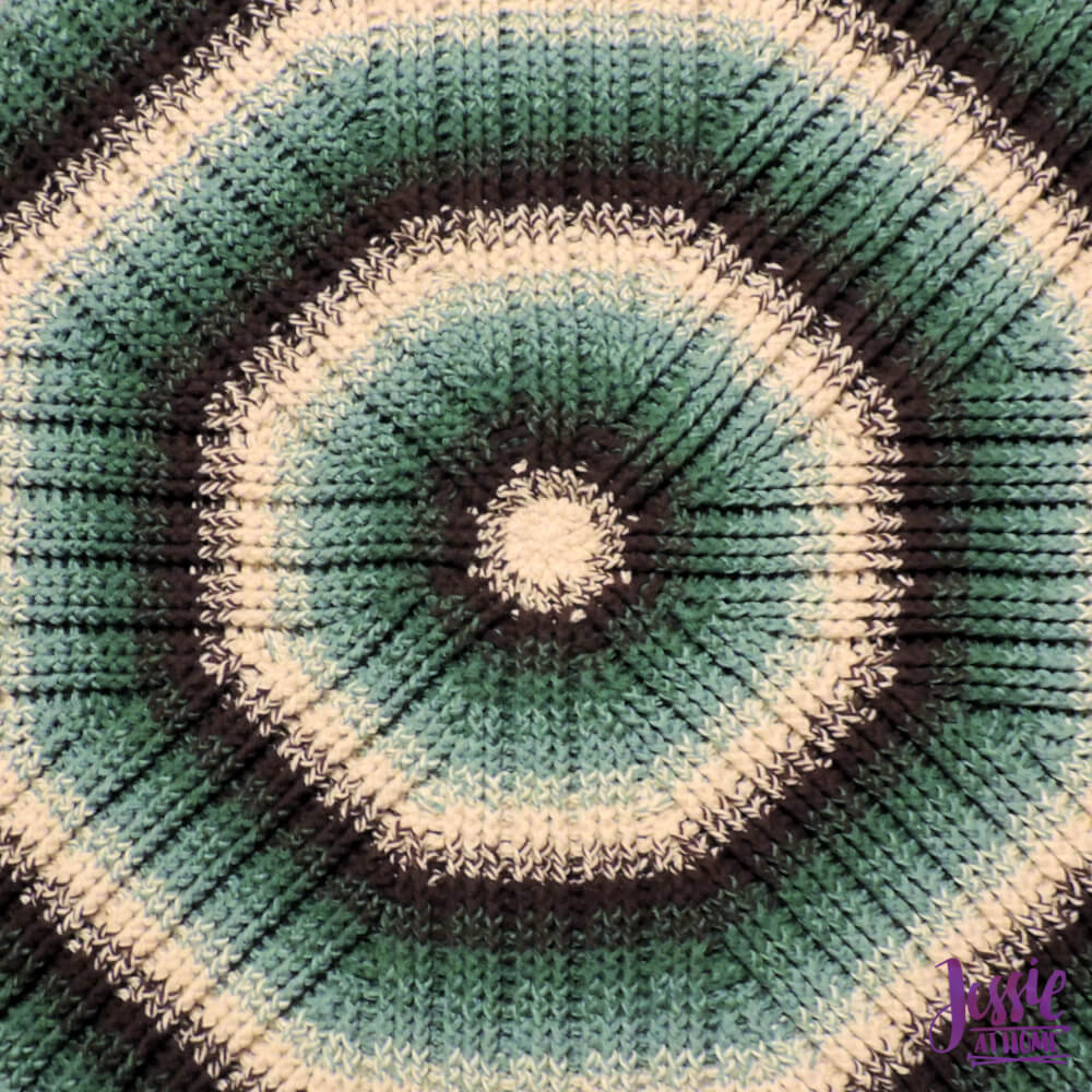 Mossy Oaks Rug crochet pattern by Jessie At Home - 1