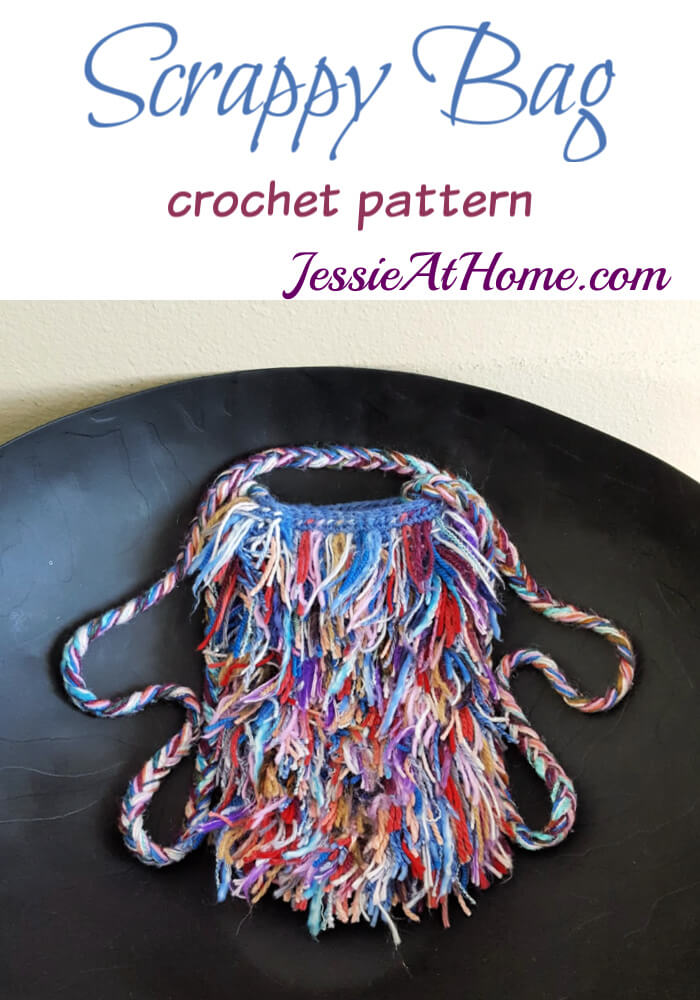 Scrappy Crochet Bag - It\'s just so fun and fluffy!!!!