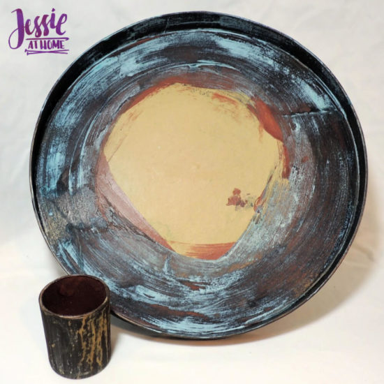 DIY Photo Background Faux Metal Tray with Yarn Lining tutorial by Jessie At Home - Inside