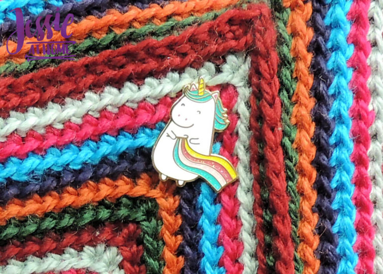 Outside In Purse crochet pattern by Jessie At Home - Unicorn Crocheting a Rainbow