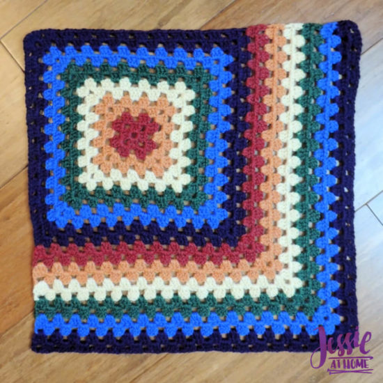 Granny Square Sampler Beginnings - Ginny's Grannies CAL Part 1 by Jessie At Home - Motif 6