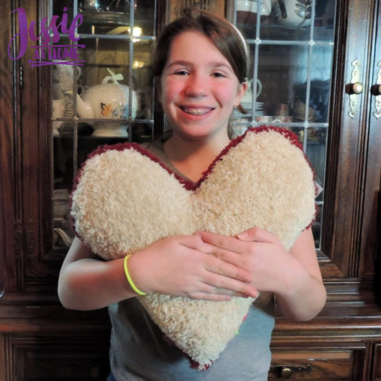 Lovely Pillow knit pattern by Jessie At Home - 4