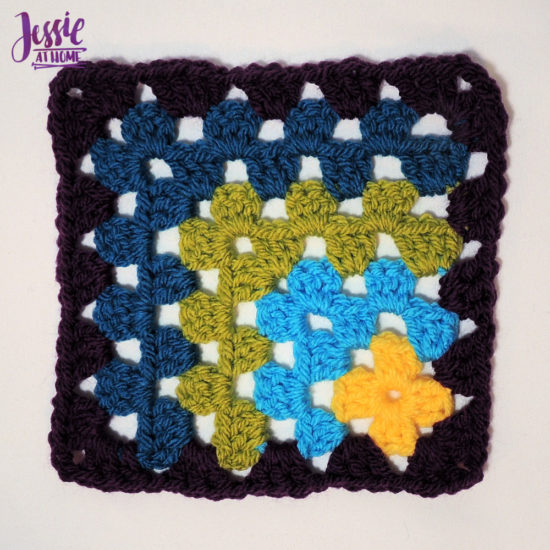 Off Set Granny Square with thin or thick border- crochet pattern by Jessie At Home - 2