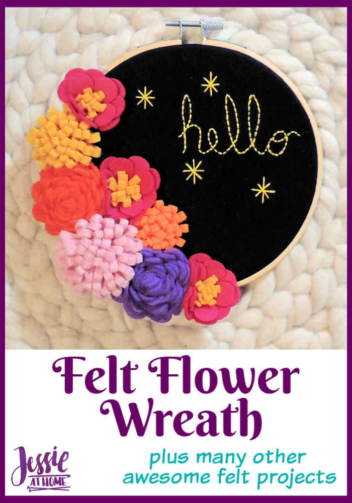 Felt Flower Wreath - Plus many other awesome felt projects!