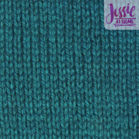 Knit Stitch Stitchopedia Video & Photo Tutorial by Jessie At Home - Swatch