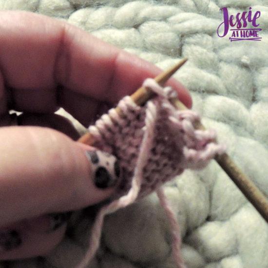 Purl Stitch Stitchopedia Video Tutorial by Jessie At Home - 4