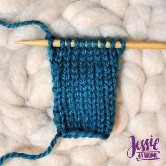 Stockinette Stitch Stitchopedia Video & Photo Tutorial by Jessie At Home - Row 2