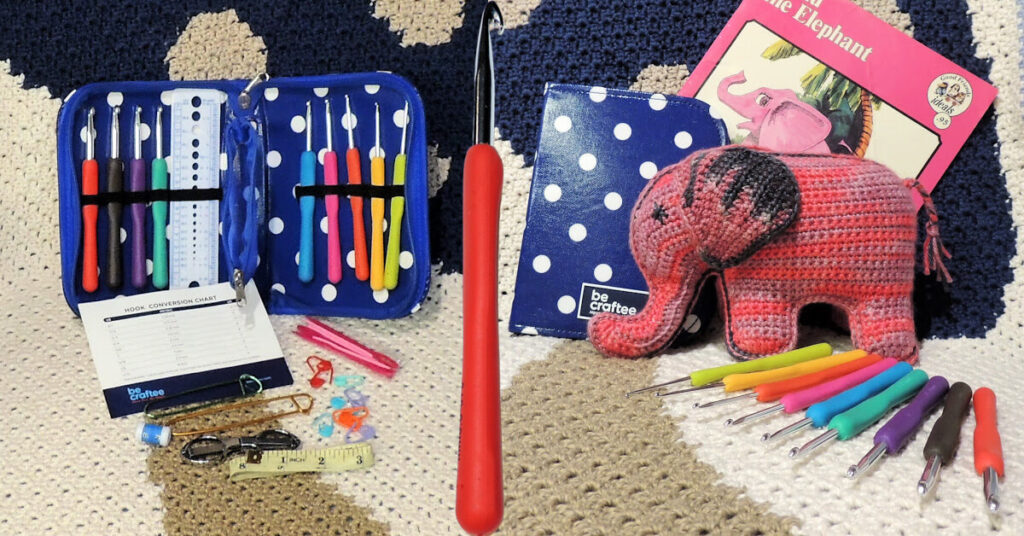BeCraftee Crochet Hook Set Review by Jessie At Home - Top Image