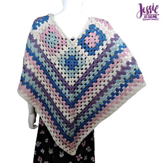 Granny Border Poncho - crochet pattern by Jessie At Home - 1