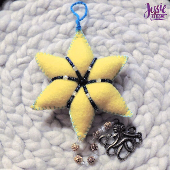 Felt Holiday Star - Felt Craft Tutorial by Jessie At Home - Add Dangling Pendant