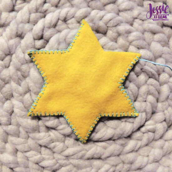 Felt Holiday Star - Felt Craft Tutorial by Jessie At Home - Start Sewing Together